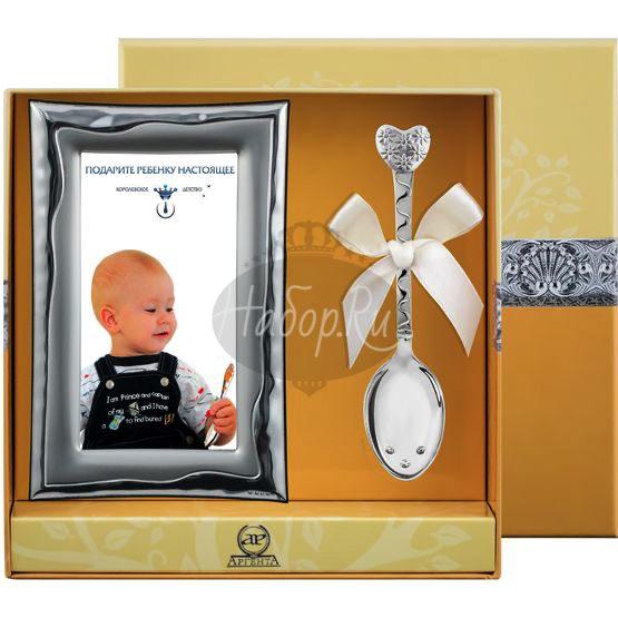 """Набор детский """"Сердце с цветами"""": ложка, рамка для фото, чашка РИ112НБ05801"""
